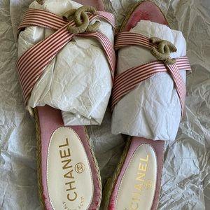 Auth vintage Chanel sandals